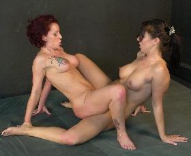 mature sexfight